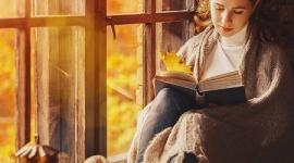 Sposób na jesienną chandrę - Dni robią się coraz krótsze, liście powoli zaczynają spadać z drzew, a po wakacyjnym urlopie pozostała nam jedynie blednąca opalenizna i zacierające się w pamięci wspomnienia.